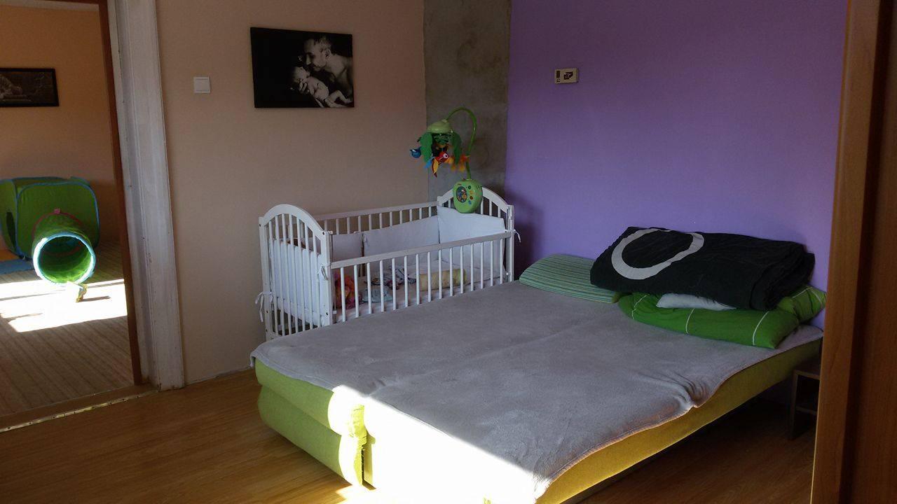 Naša rekonštrukcia - z prechodovej izby sme sa rozhodli spraviť detskú pre dcérku