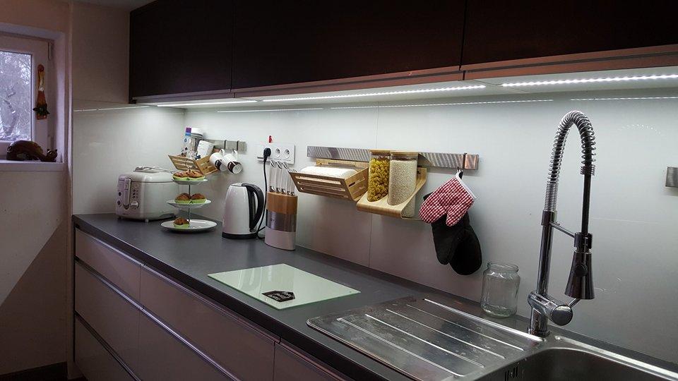 Naša rekonštrukcia - doplnili sme aj závesný systém z ikei na zástenu