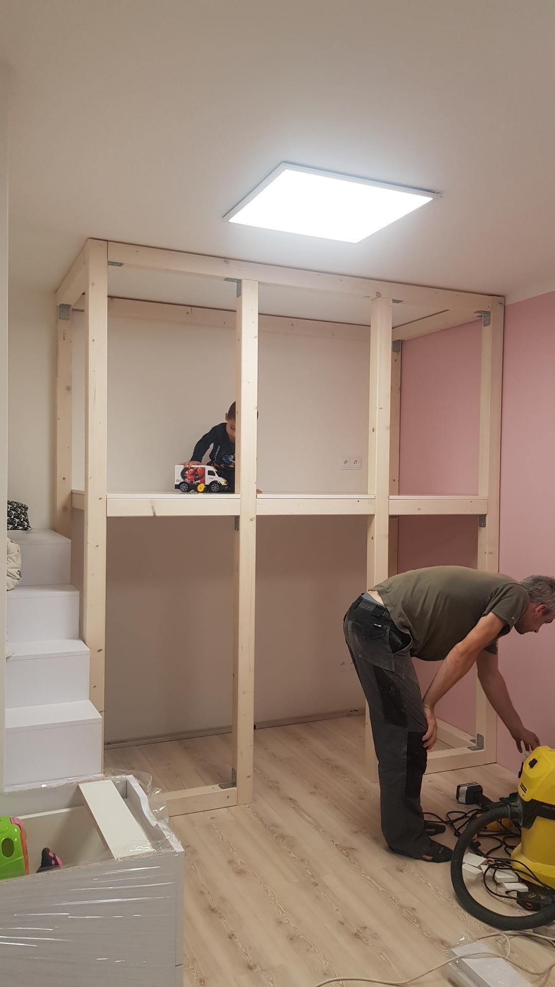Naša rekonštrukcia - ... zatiaľ sa montuje čo sa dá