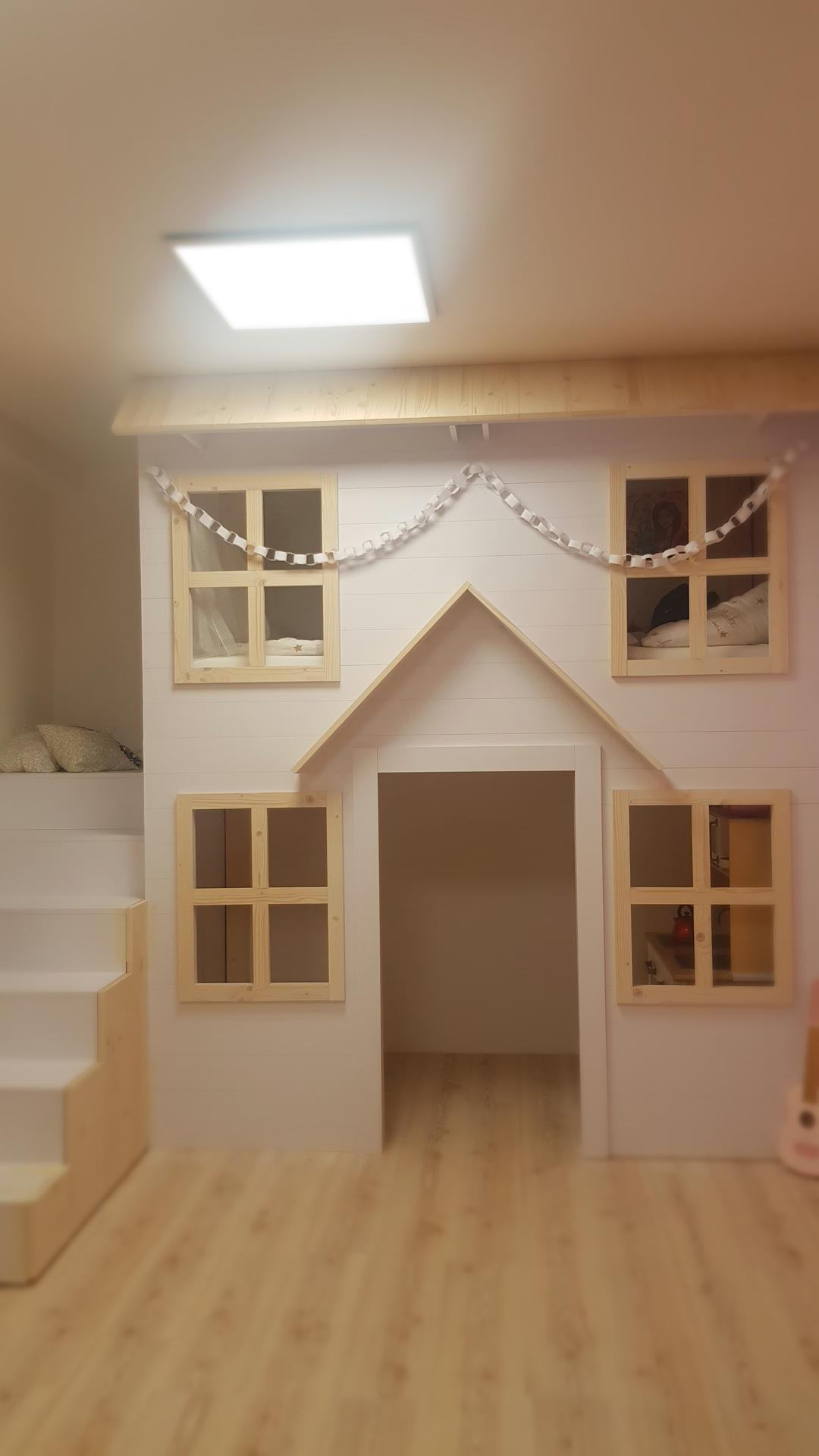 Naša rekonštrukcia - hotovo :) este pridu nejake kvietky, lampa a ostatne drobnosti :)