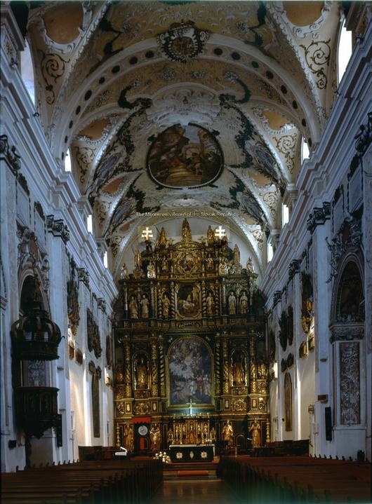 Prípravy - katedrála zvnútra