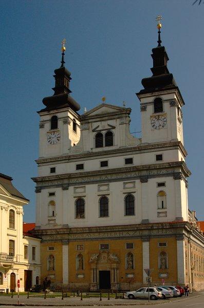 Prípravy - katedrála zvonku