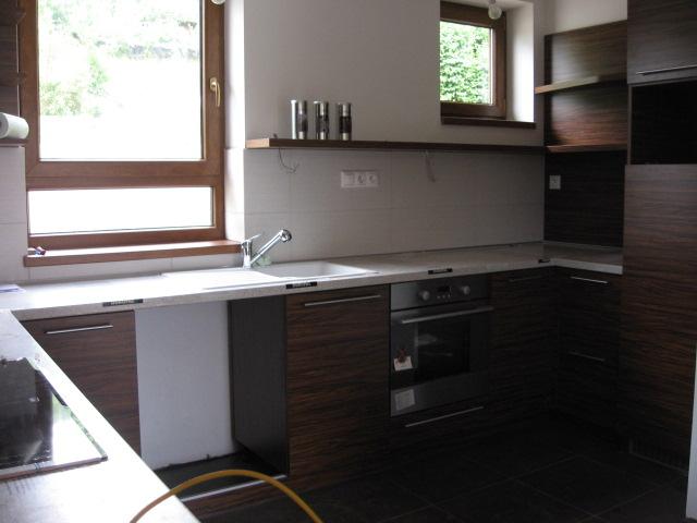 Nová kuchyňa objednaná - realita vs vizualizacia - Este chyba umyvacka...