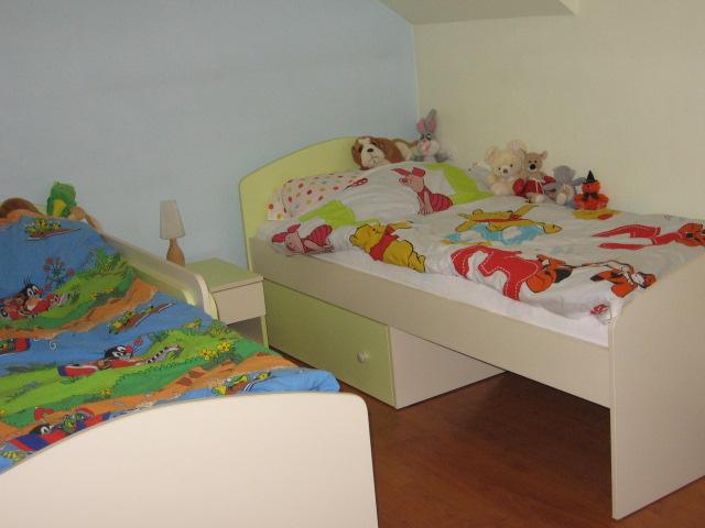 "Matúškova herňa + detska spálňa - navrhy od ""Fra"" - Sice to zaplnilo izbu, ale som spokojna."