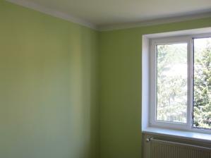 zeleně vymalovaná ložnice