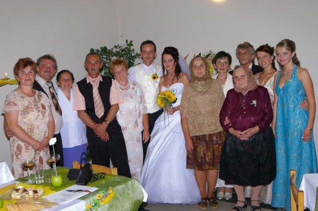 Terka Šišková-Sabolová{{_AND_}}Ľubo Guľaš - Foto s rodinkou