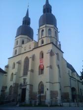 nas kostolik.dom sv.mikulasa v trnave