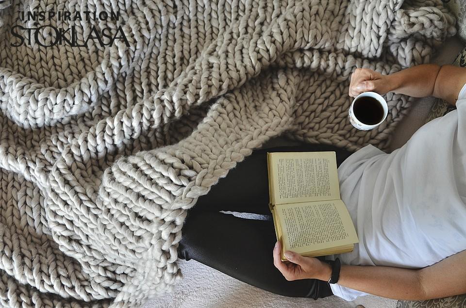 Hrejivé deky ,plêdy,prehozy na posteľ.pletene z z hrubej vlny // zloženie acryl,ovčie runo// pletené na hrubých ihluciach alebo na rukách . Pre mňa topka , medené a krásne - Obrázok č. 1