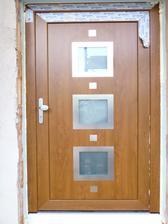 konečně dveře