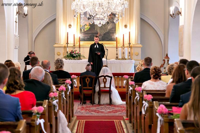 Svadba Starý Dom / u Ludvika,Modra - výzdoba kostola Modra