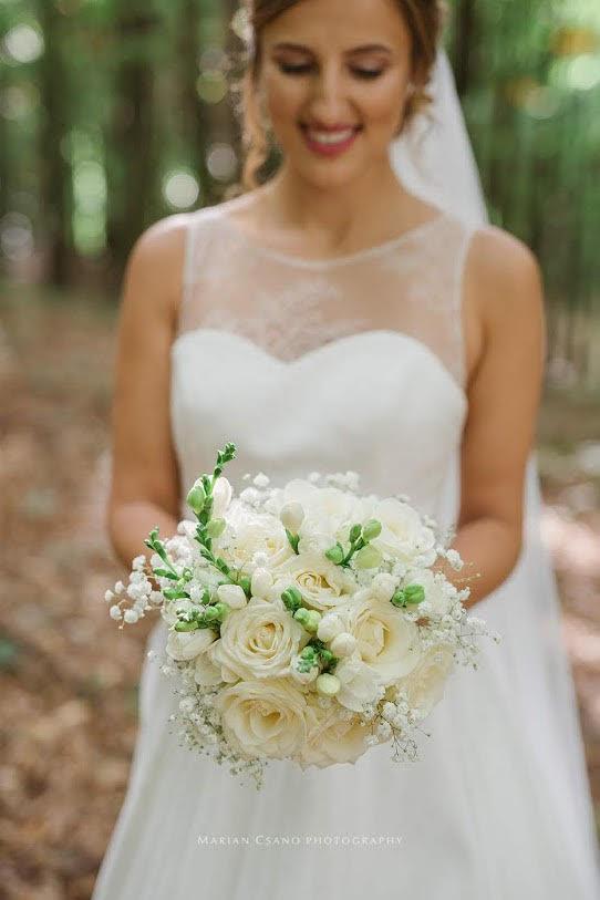 Gabriela Turanská - aranžmány - biela svadobna kytica
