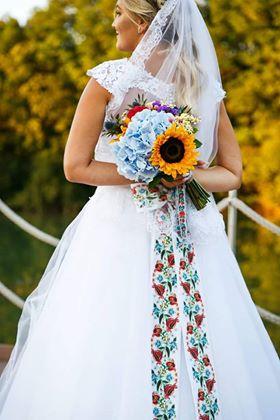 Gabriela Turanská - aranžmány - letna svadobna kytica slnecnica