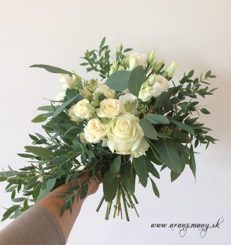 Gabriela Turanská - aranžmány - Strapatá svadobná kytica green