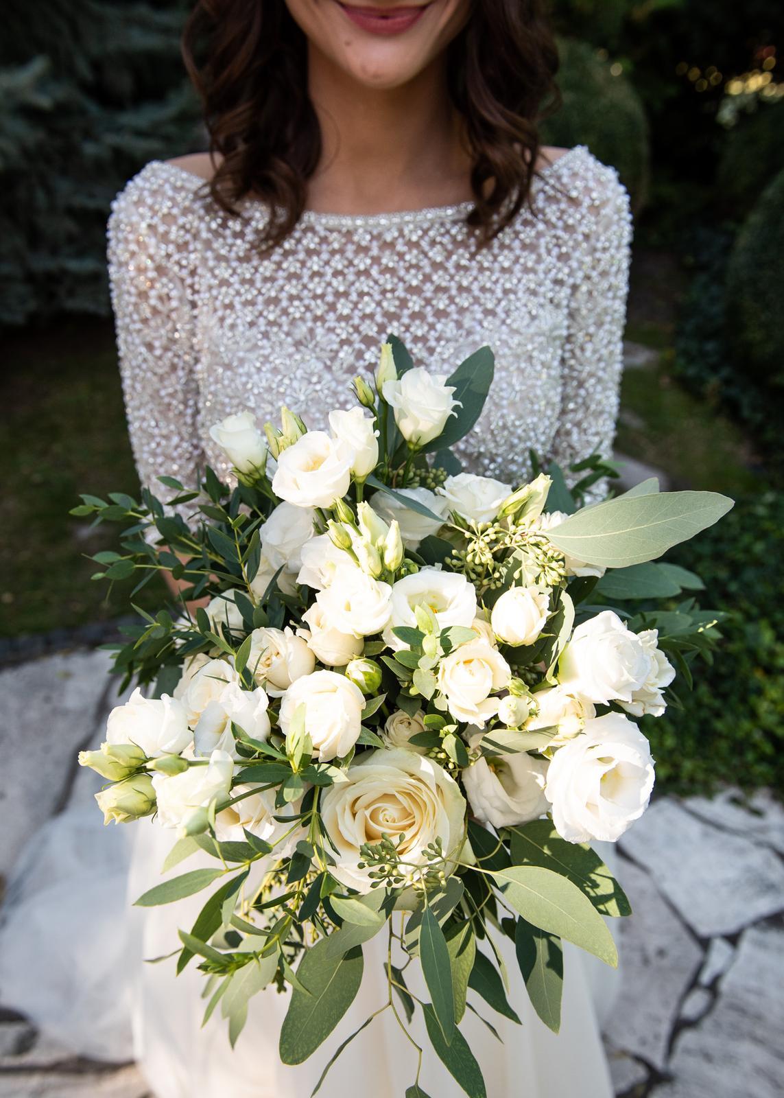 Gabriela Turanská - aranžmány - Greenery svadobná kytica
