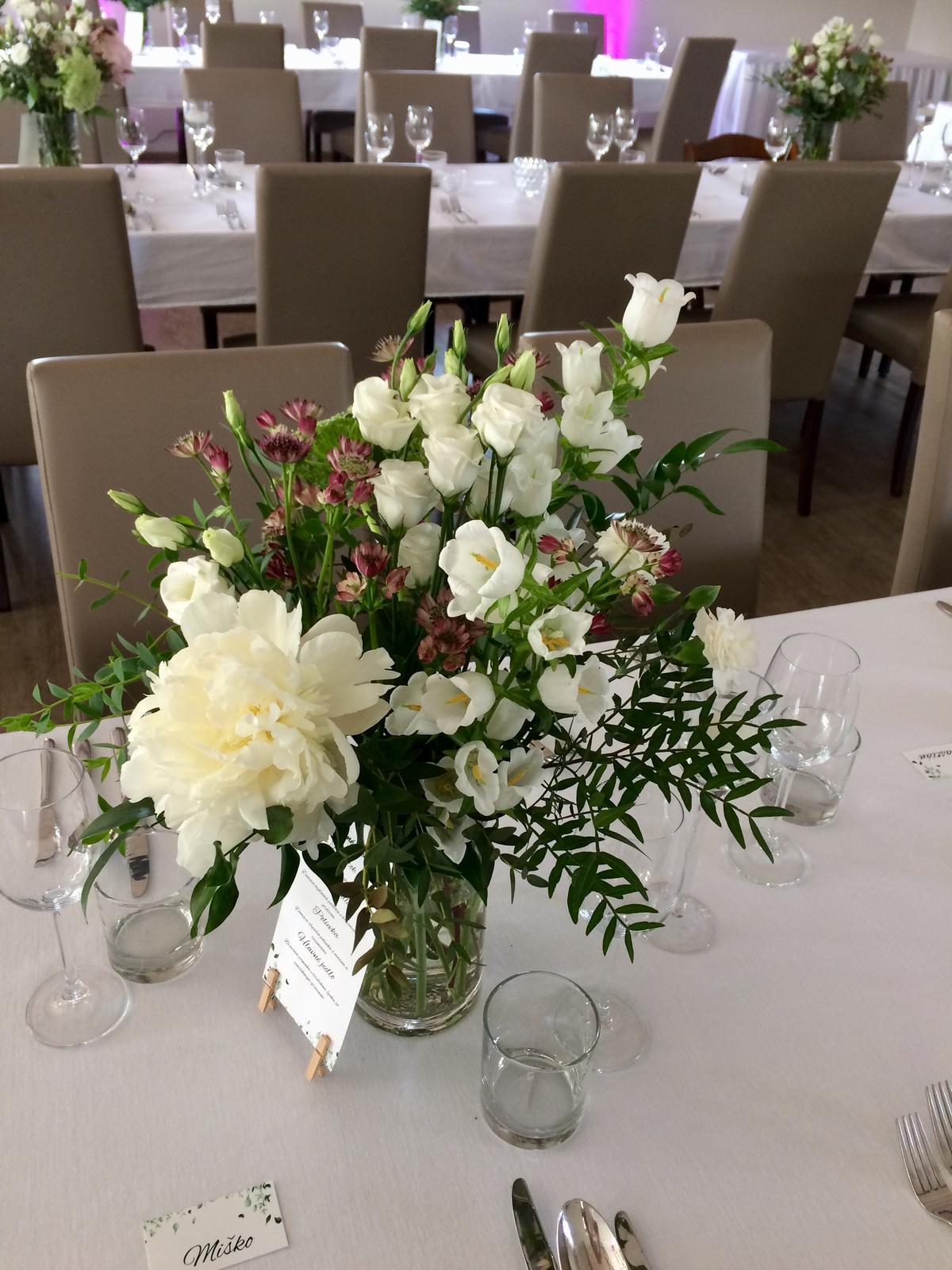 Svadba v Sedin Golf Resort - Výzdoba stolov