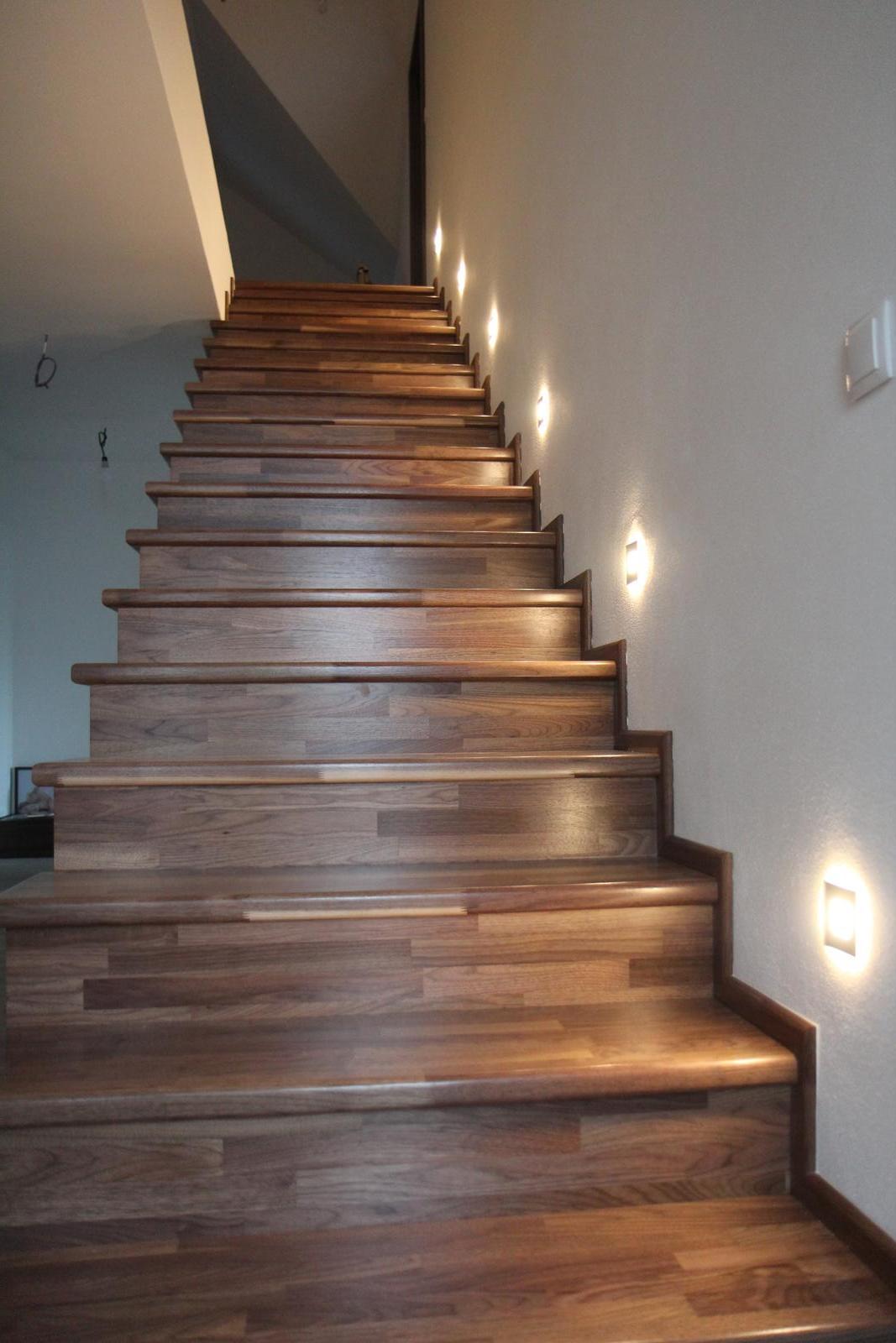 Tak jde čas aneb jak si stavíme sen :-) - Nové schody :-D