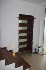 Včera schody, dnes dveře, zítra zábradlí....Kluci jedou - t.č. na obědě :-D