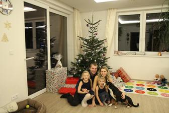 Naše třetí Vánoce na domečku :-)