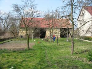 Pohled ze zahrady - rok 2007