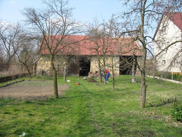 Tak jde čas aneb jak si stavíme sen :-) - Pohled ze zahrady - rok 2007
