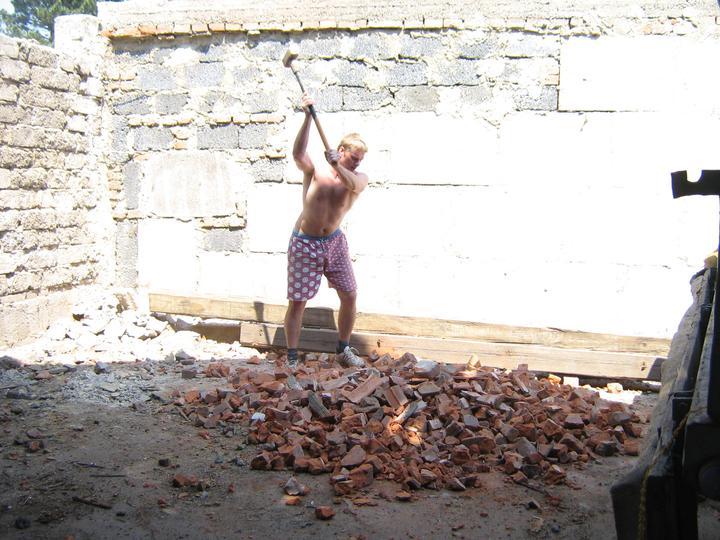 Tak jde čas aneb jak si stavíme sen :-) - Dorážka rozbitých cihel
