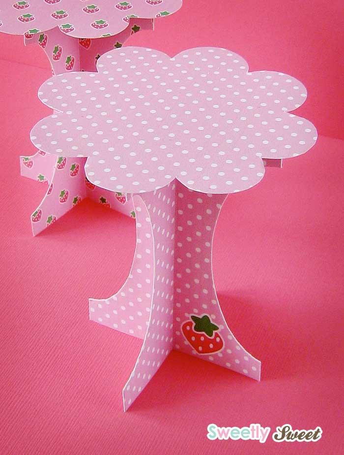 DIY a inspiracie - podklady pre vlastnú výrobu. - navod na http://sweetlysweet.blogspot.sk/2010/11/mini-cupcake-stand-tutorial.html
