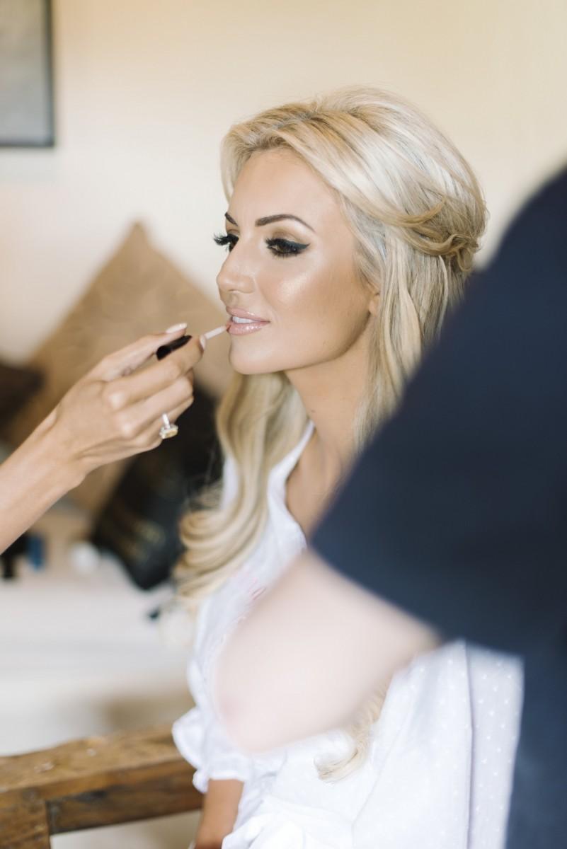 Svadobne ucesy a makeup - Obrázok č. 88