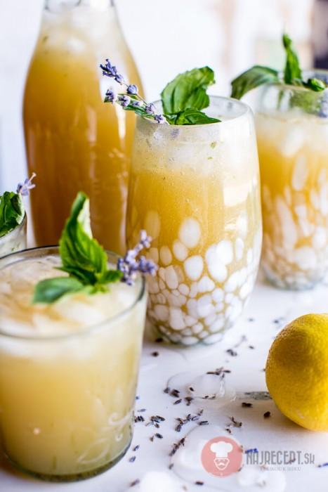 Domace limonady do Candy Baru - Levanduľovo-bazalková limonáda