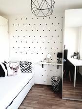 dievčenská časť izby