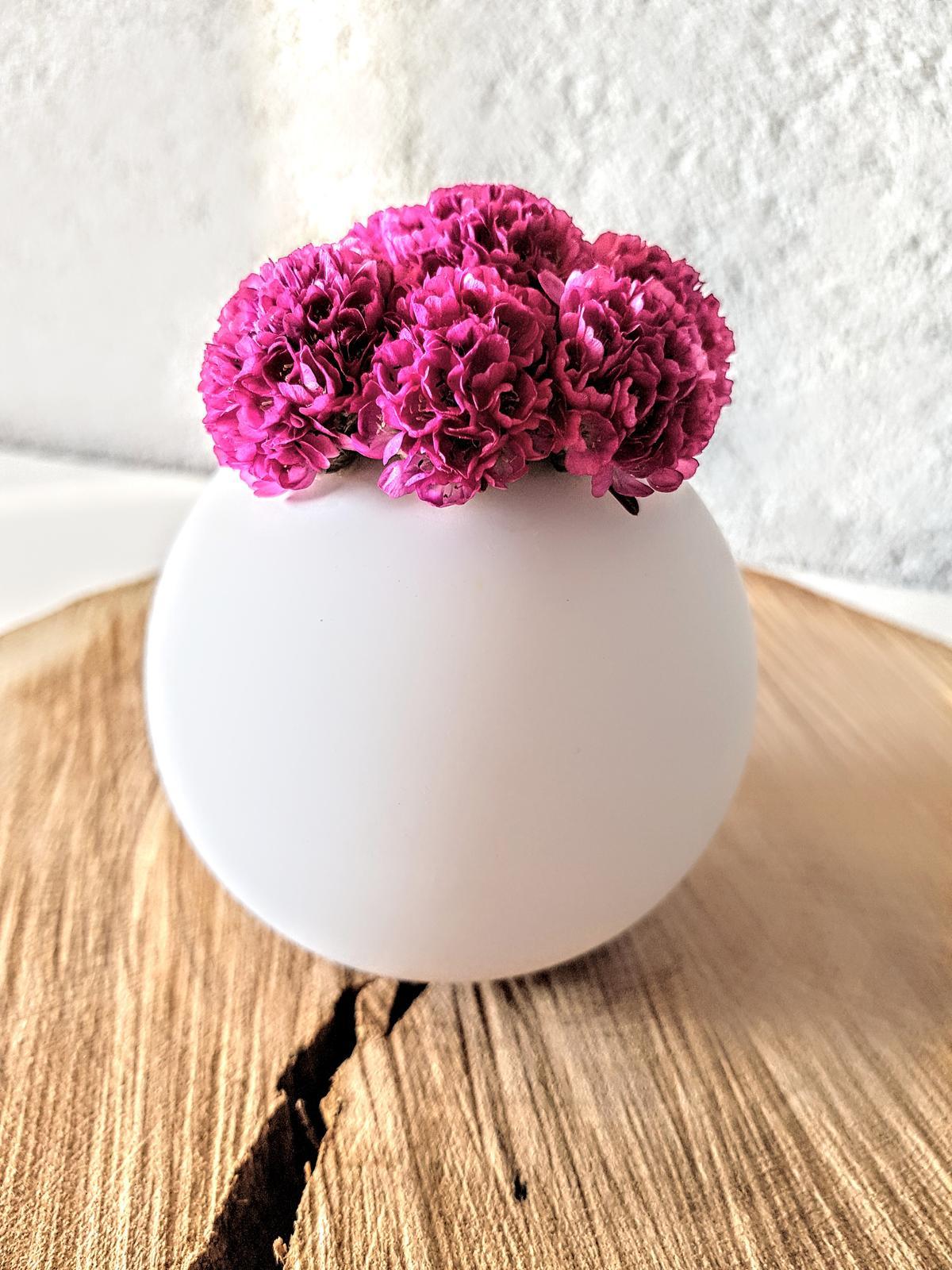 🖤 keď drobnosti robia radosť 🖤 - milujem toto obdobie keď možem mať zo záhrady vždy čerstvé kvety