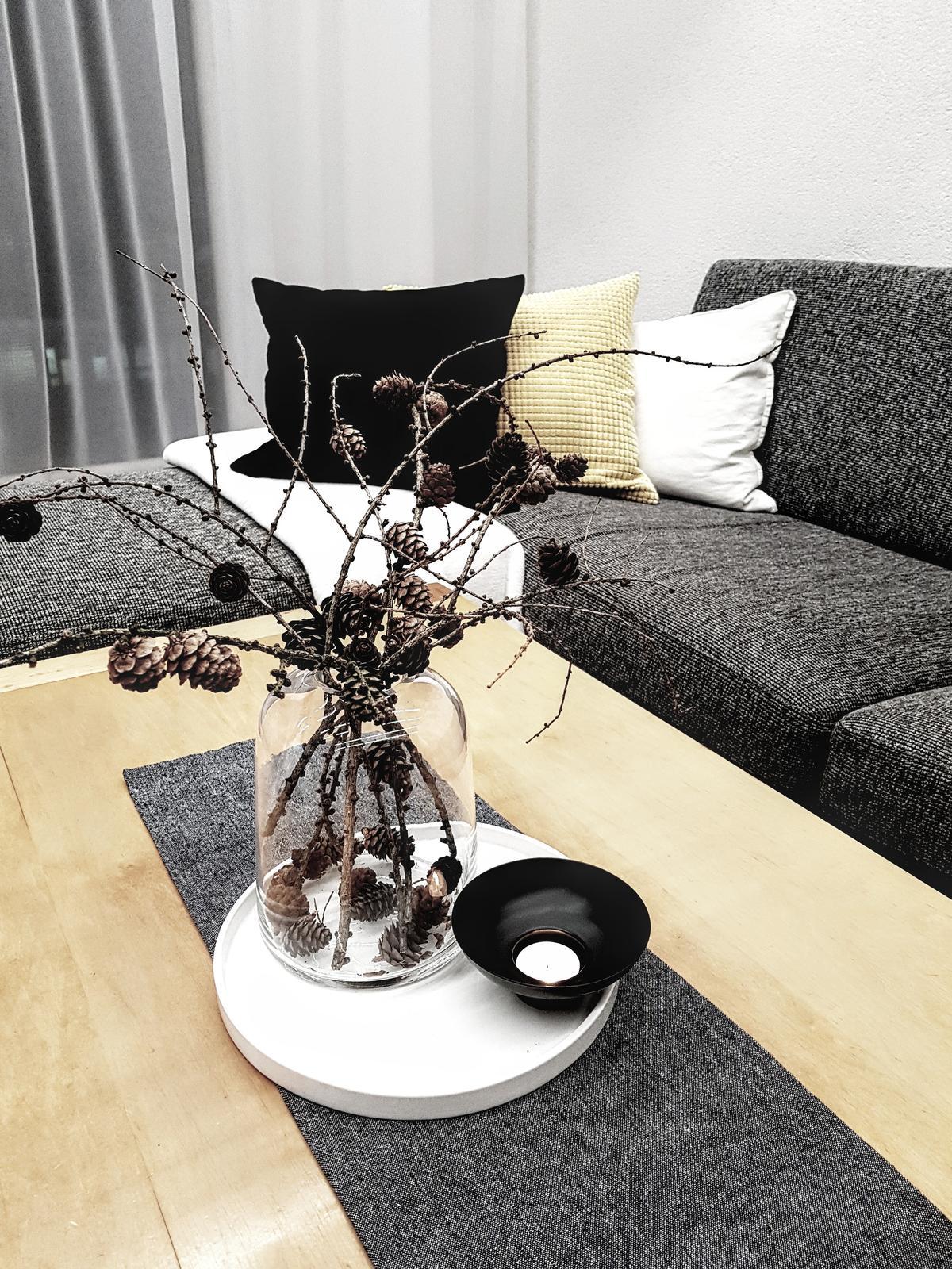 🖤 keď drobnosti robia radosť 🖤 - IKEA opäť nesklamala svietnik s vázou