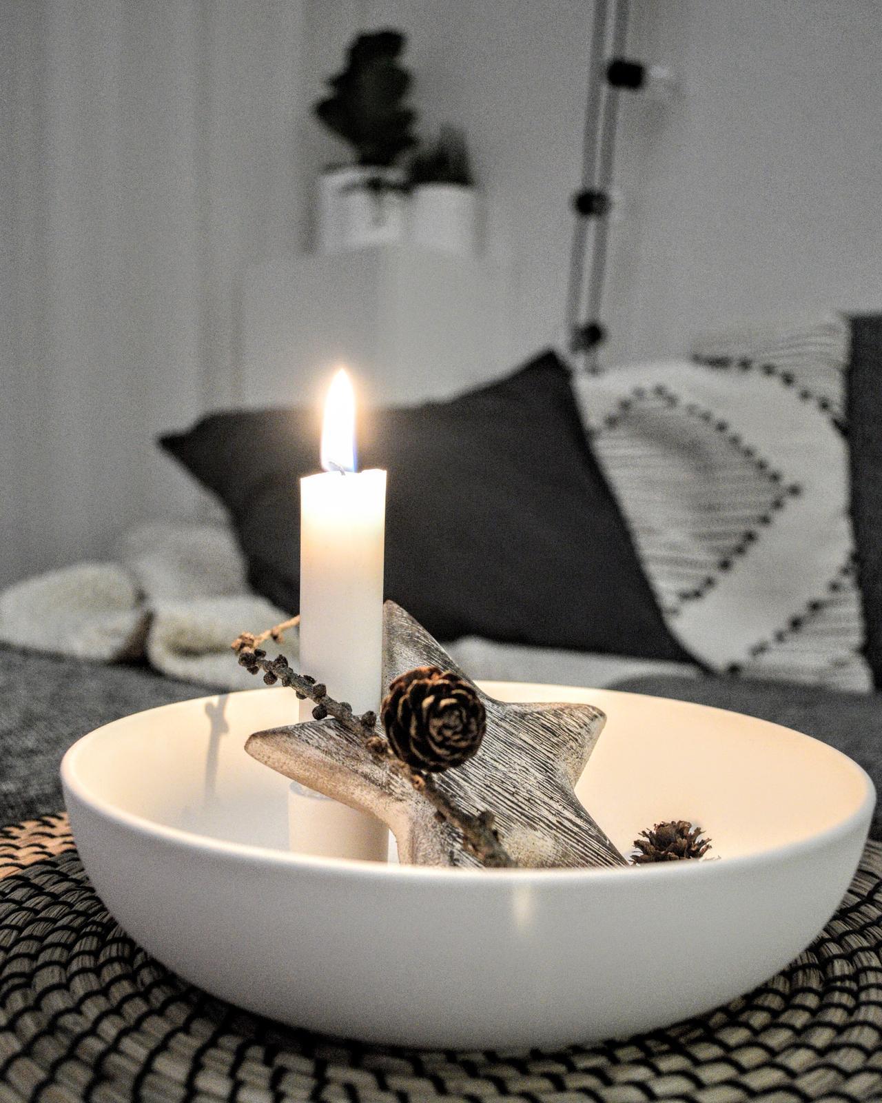 🖤 keď drobnosti robia radosť 🖤 - milujem sviečky, a tento svietnik je láska na prvý pohľad :)