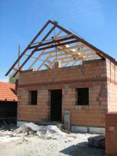 2008.04.25 pokladame krov