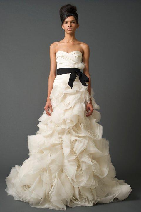 Wedding dresses - Vera Wang - Ghillian