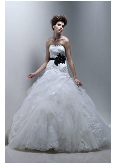 Wedding dresses - Obrázok č. 382