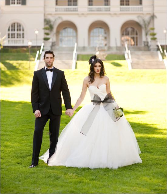 Black & White Weddings - No.2