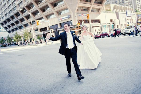 Black & White Weddings - No.13