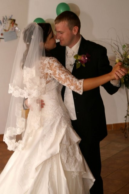 Mirka{{_AND_}}Ivko - prvý manželský