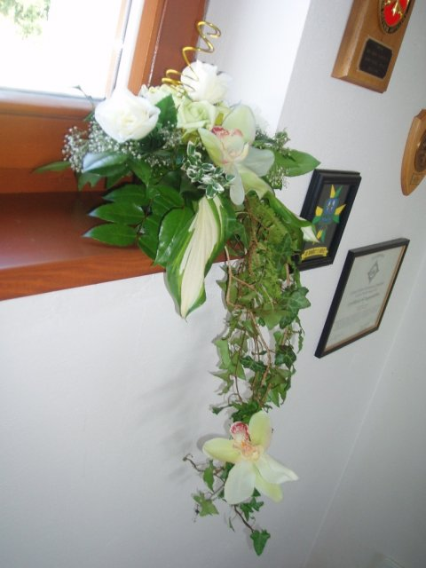 Mirka&Ivko - ikebana z rohu stola