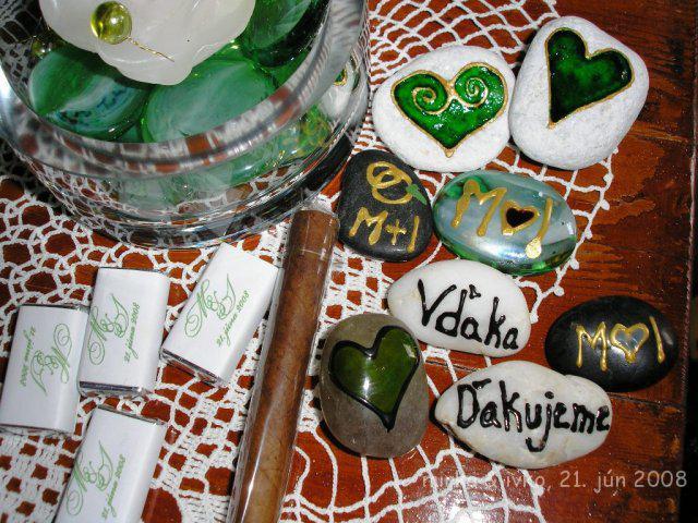 Mirka&Ivko - muži dostávali cigary, ktoré tiež zožali veľký úspech, ženy maľované kamene