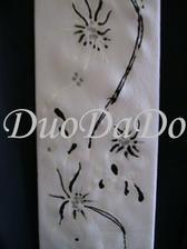 rucne malovana kravata podla svadobnych satov detial 2