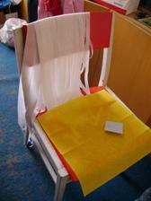 nachystané ožehlené stuhy na autá a vosková servítka pod čokofontánu