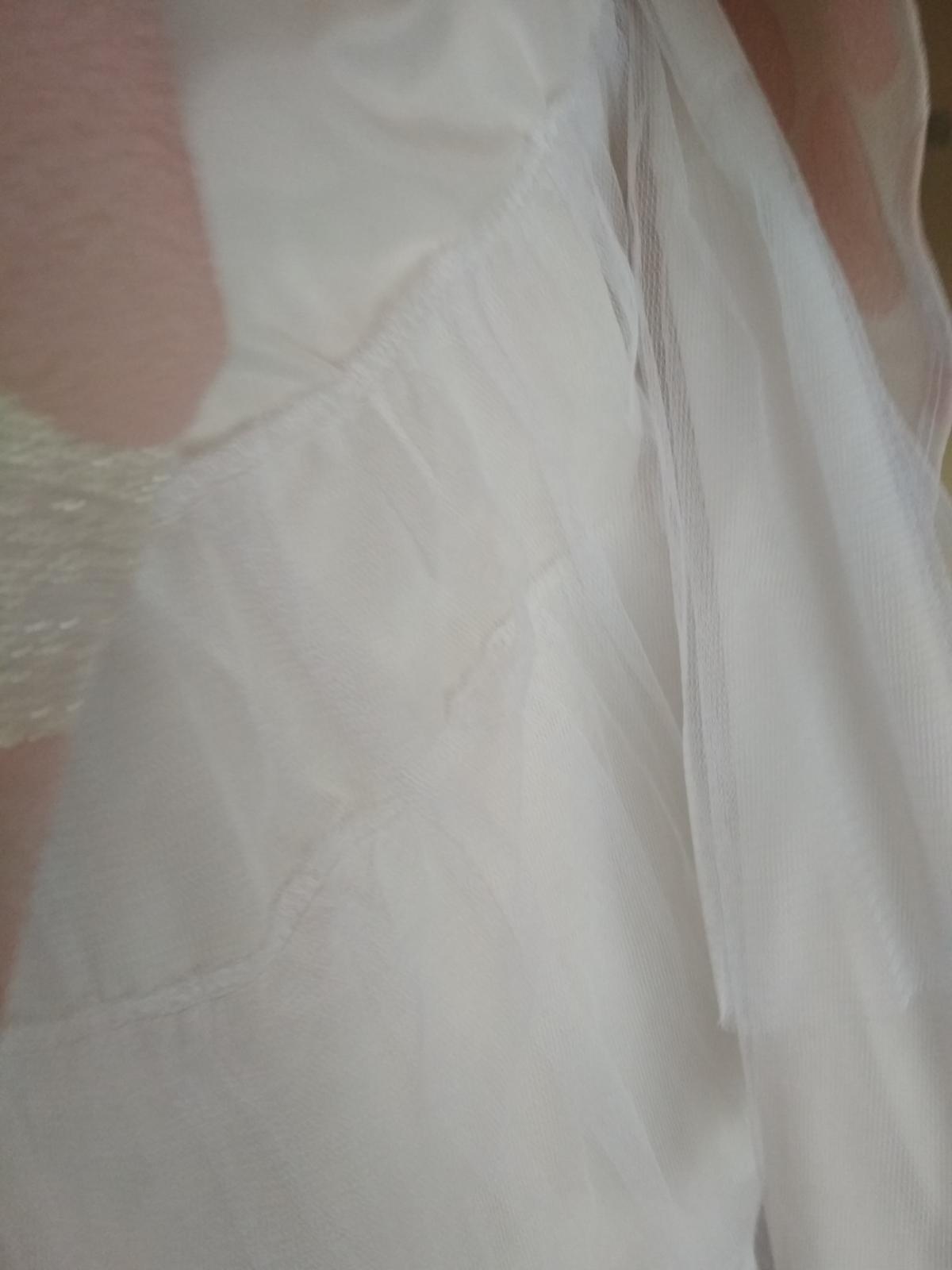 Retro spoločenské šaty - Obrázok č. 2
