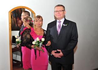 Naši svědkové - moje sestra Zuzka a Vláďův bratr Jiří