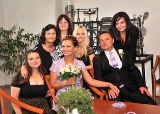 společné foto před obřadem s kolegyňkami z práce