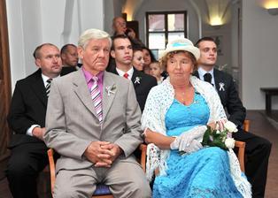 Moje mami a tati během obřadu
