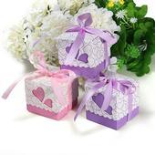 Svatební krabičky se srdíčky - skladem,