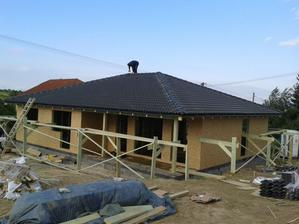 28.5. strecha dokončená