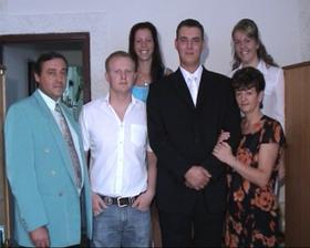 manželová rodinka, oco, brat, sestri a mamina