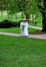 A začínajú sa parkové foto :)